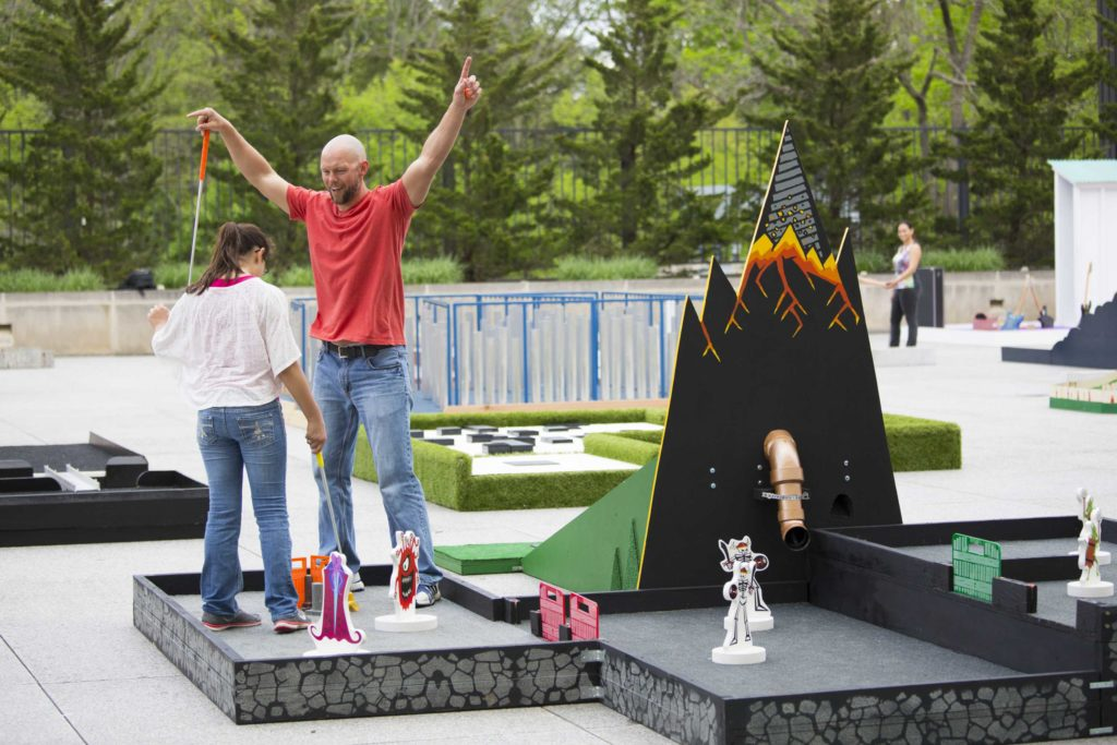 dungeon_masters_minigolf_players