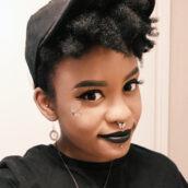 Bio pic of Christina Stewart